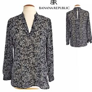 Banana Republic Back Keyhole Long Sleeve Blouse S